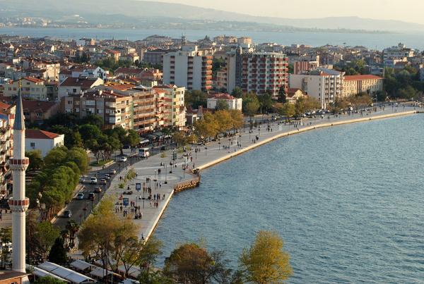 Κωνσταντινούπολη, Τσανάκκαλε, Θεσσαλονίκη, Βόλος, Σαντορίνη